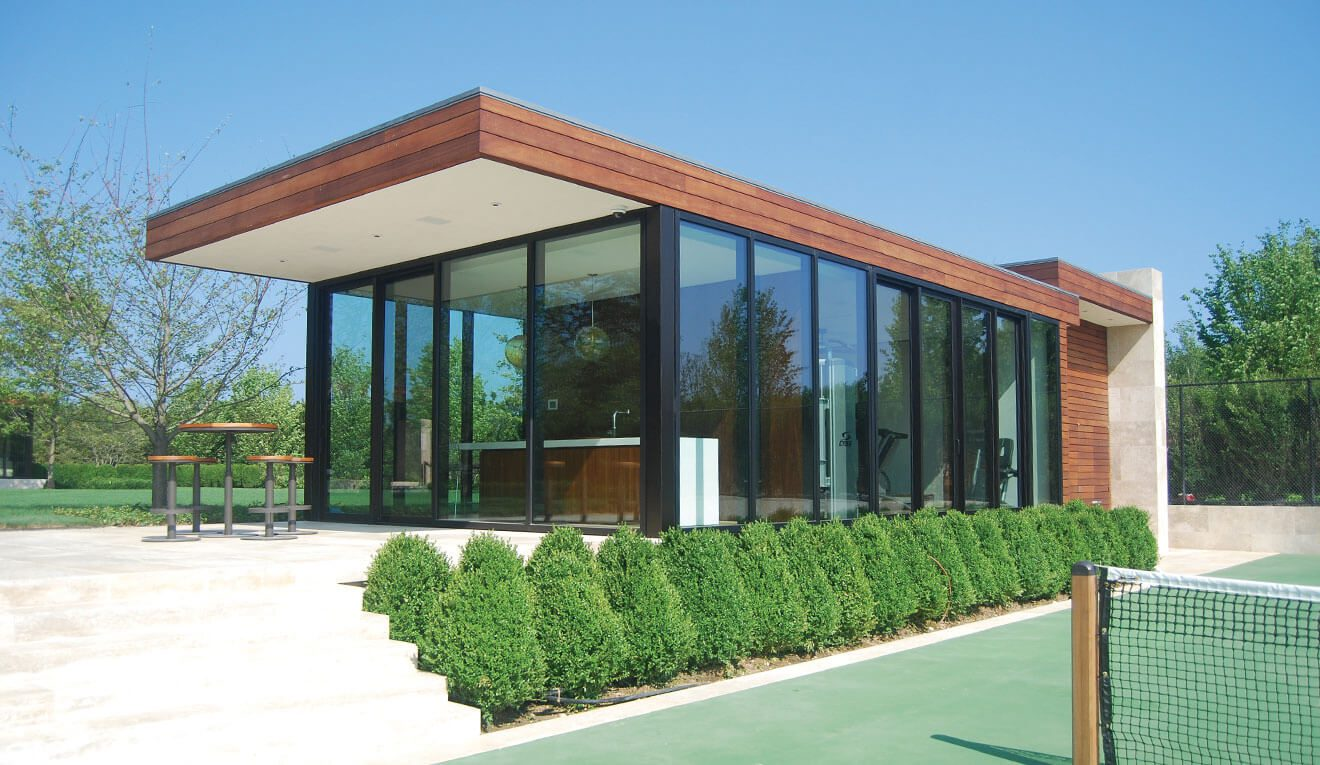 Image-2—TC470-Fixed-Glass-with-ULT5000-Sliding-Door–Dark-Bronze-Anodize-Finish