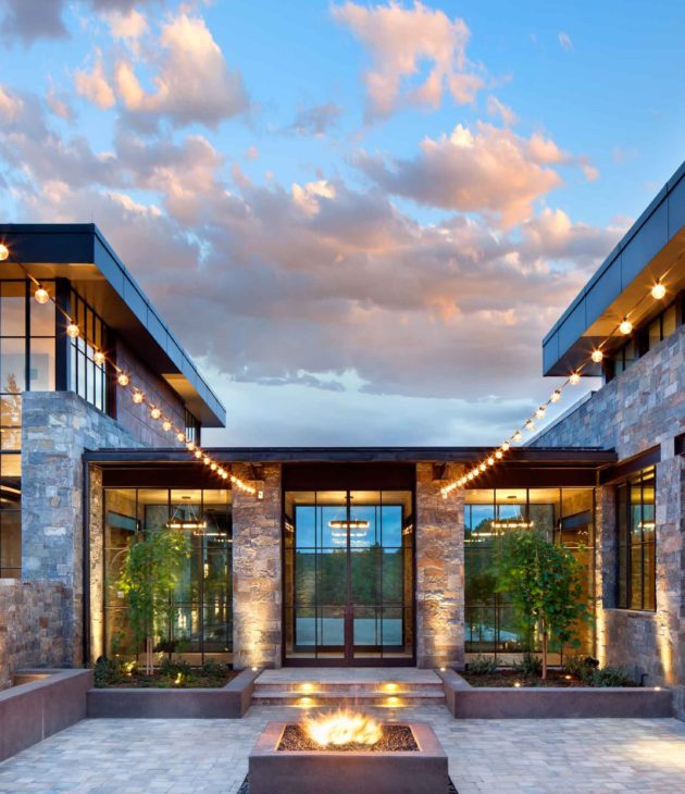 mountainranchmodern-thermalsteelcourtyard-1487281836