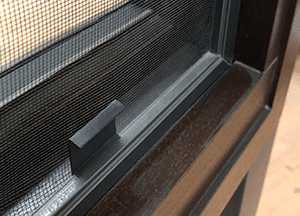 Wood Windows – Window Aluminum Screen (1)